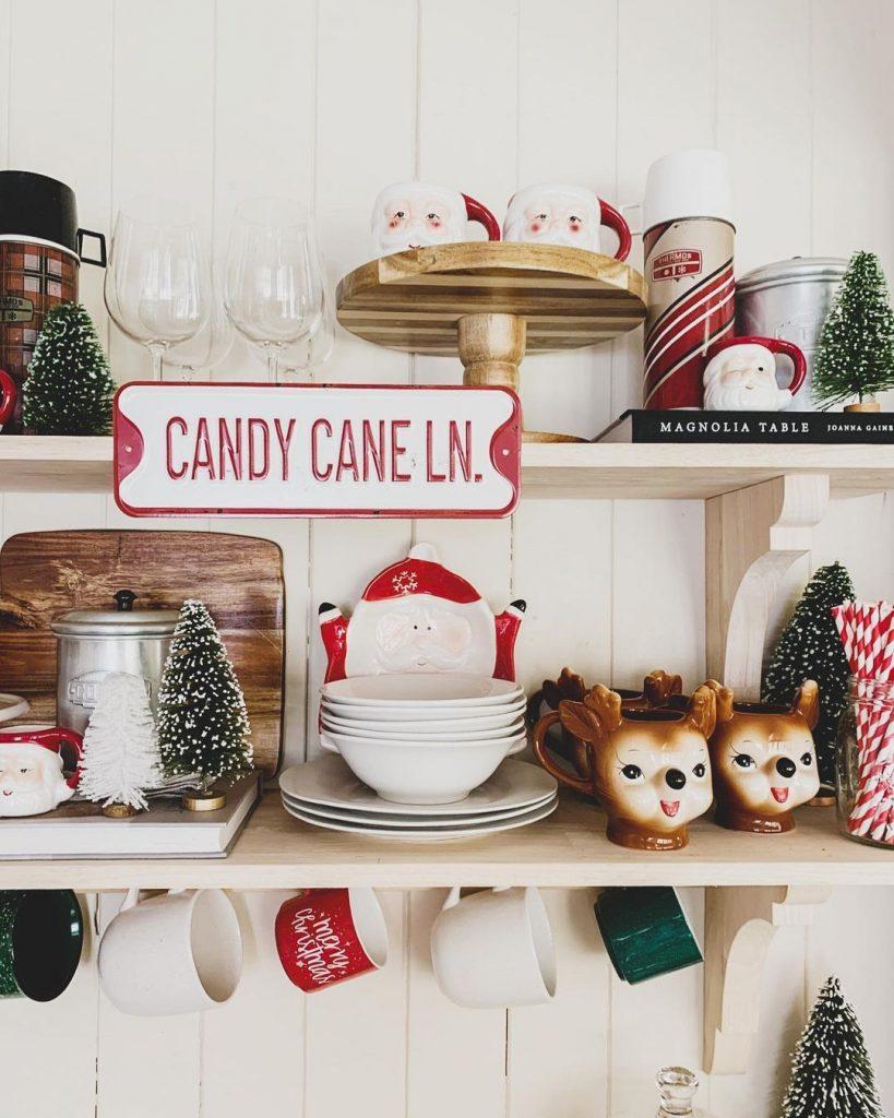 100 Cozy Farmhouse Christmas Decor Ideas To Makes Your Home Feel Warm 39