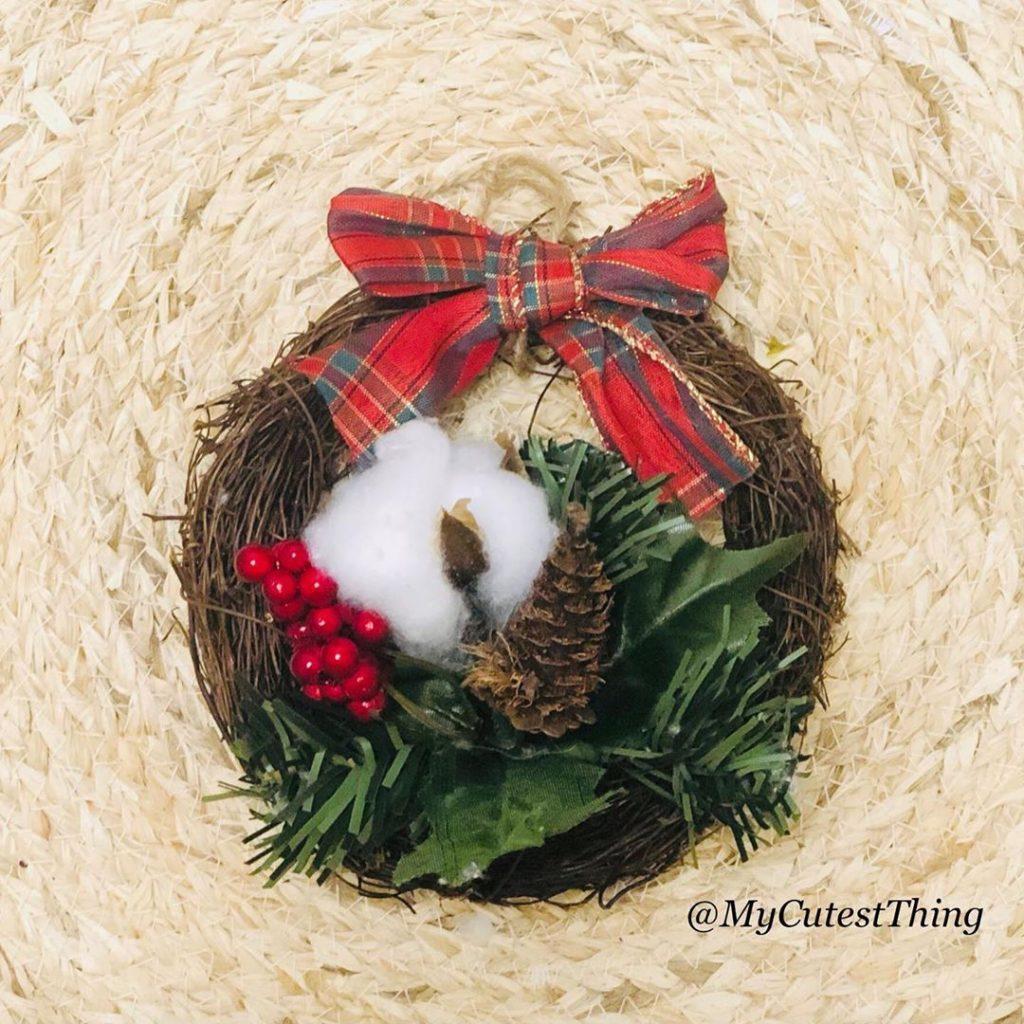 100 Cozy Farmhouse Christmas Decor Ideas To Makes Your Home Feel Warm 55