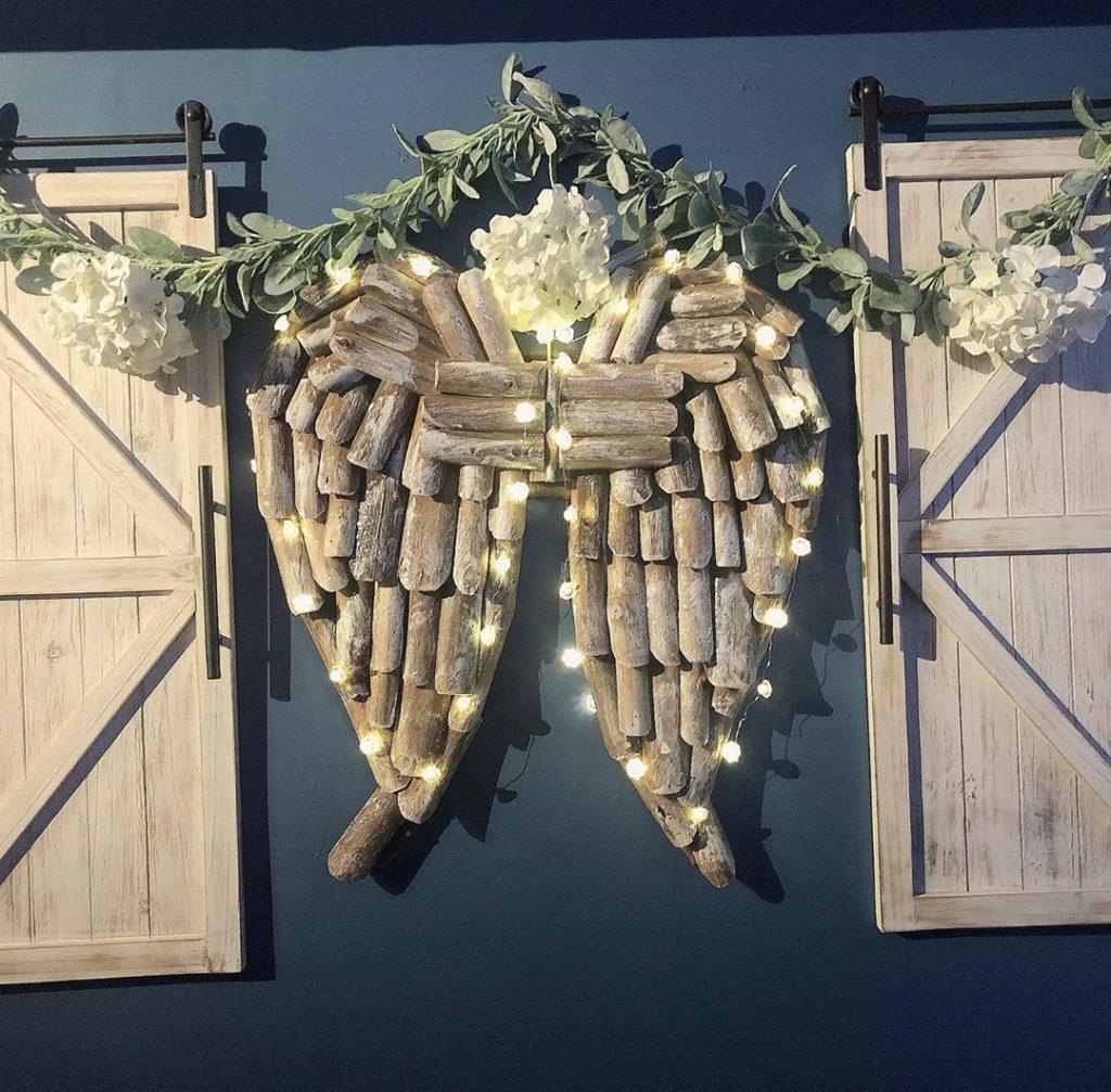 100 Cozy Farmhouse Christmas Decor Ideas To Makes Your Home Feel Warm 61