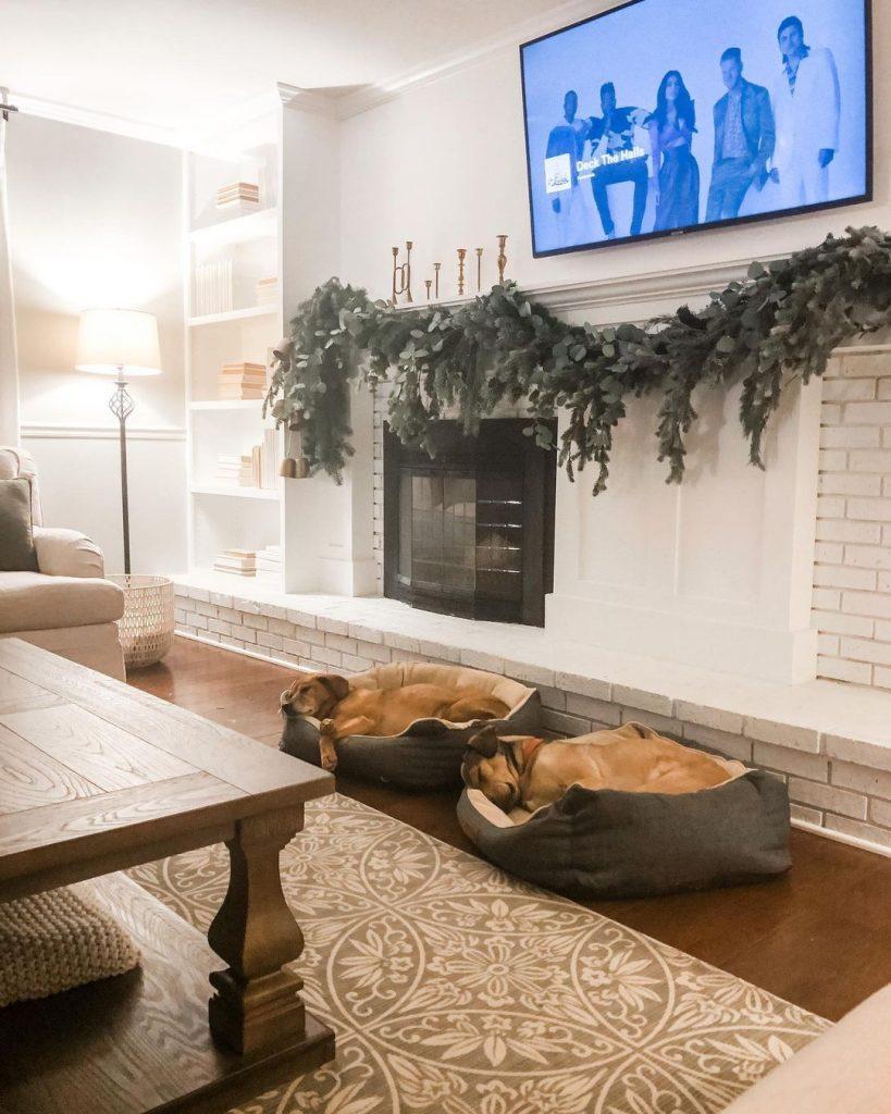 100 Cozy Farmhouse Christmas Decor Ideas To Makes Your Home Feel Warm 77