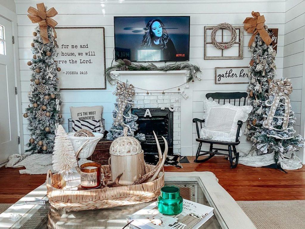 100 Cozy Farmhouse Christmas Decor Ideas To Makes Your Home Feel Warm 90