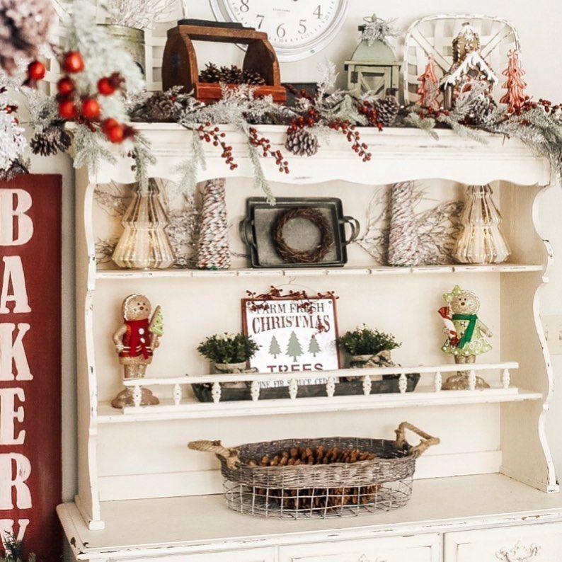 100 Cozy Farmhouse Christmas Decor Ideas To Makes Your Home Feel Warm 92