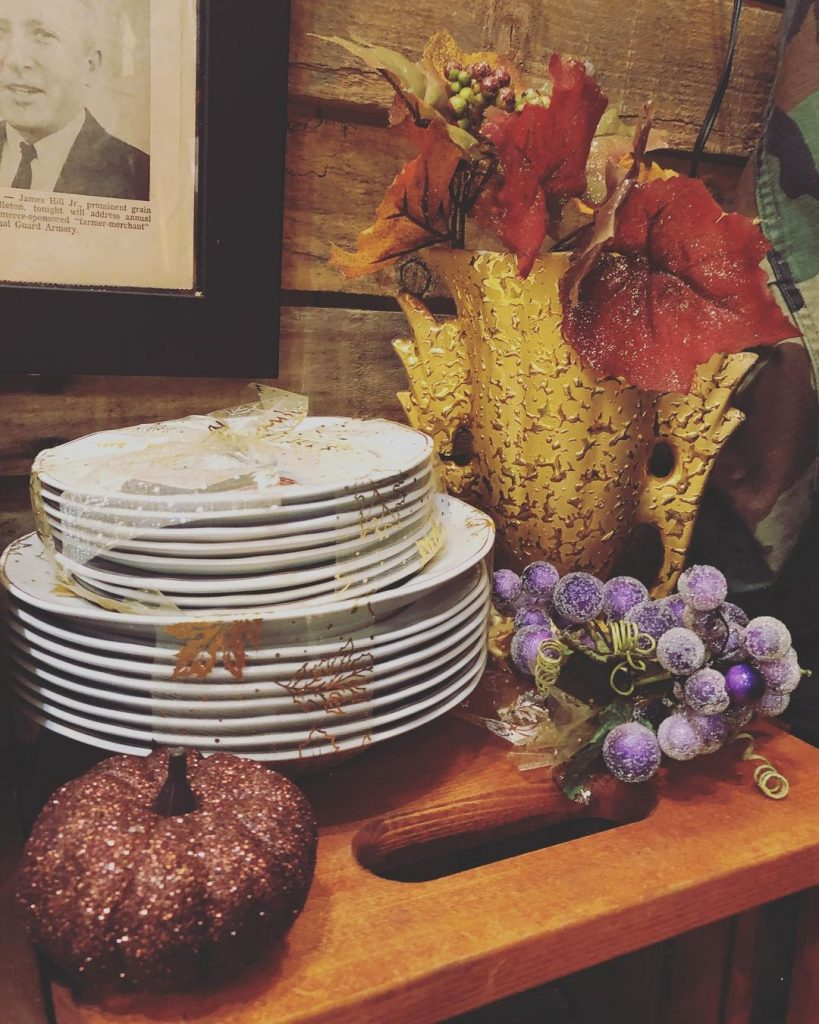 100 Thanksgiving Decoration Ideas Stylize Your Home With Fall Accents 10