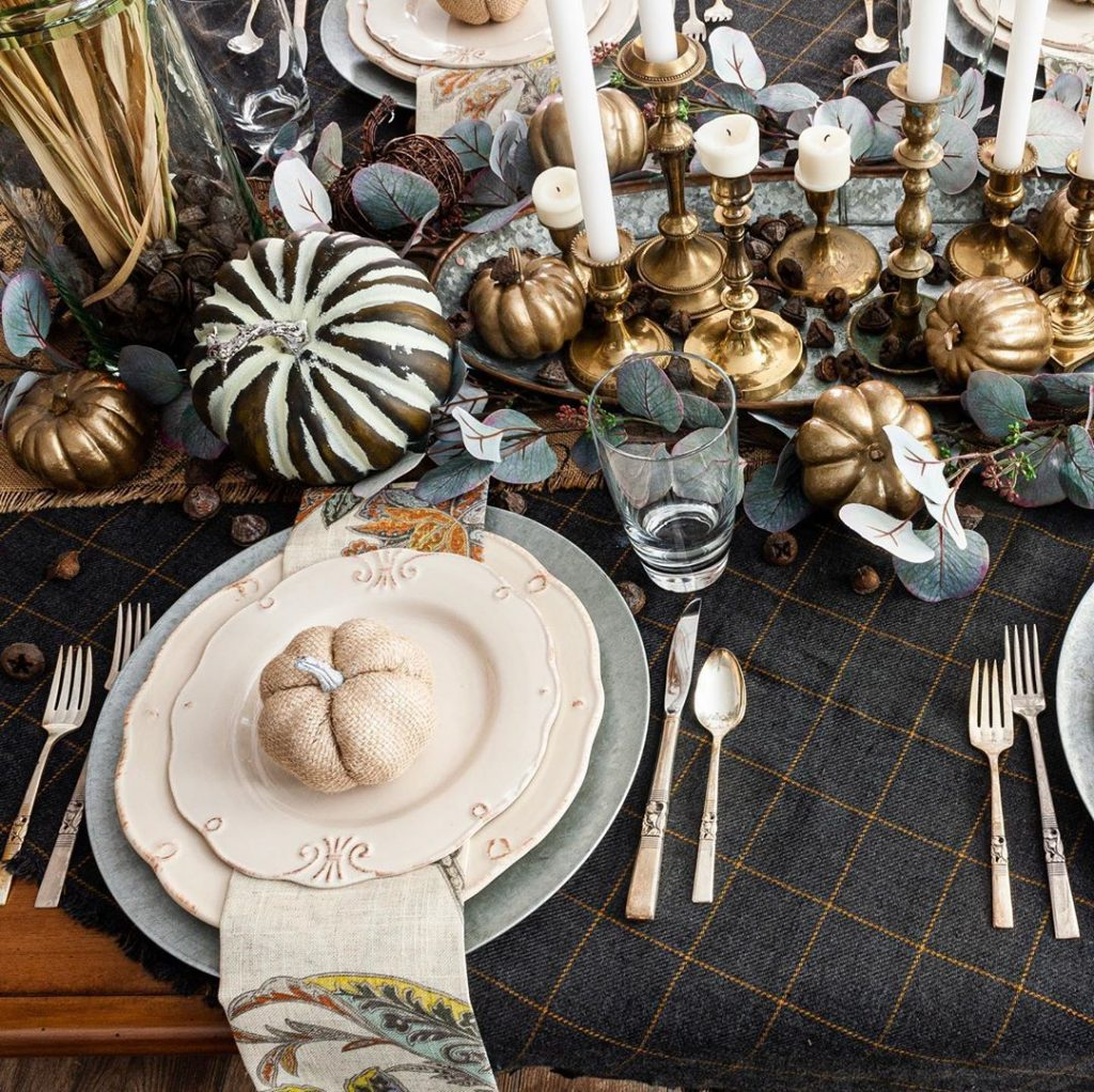 100 Thanksgiving Decoration Ideas Stylize Your Home With Fall Accents 11