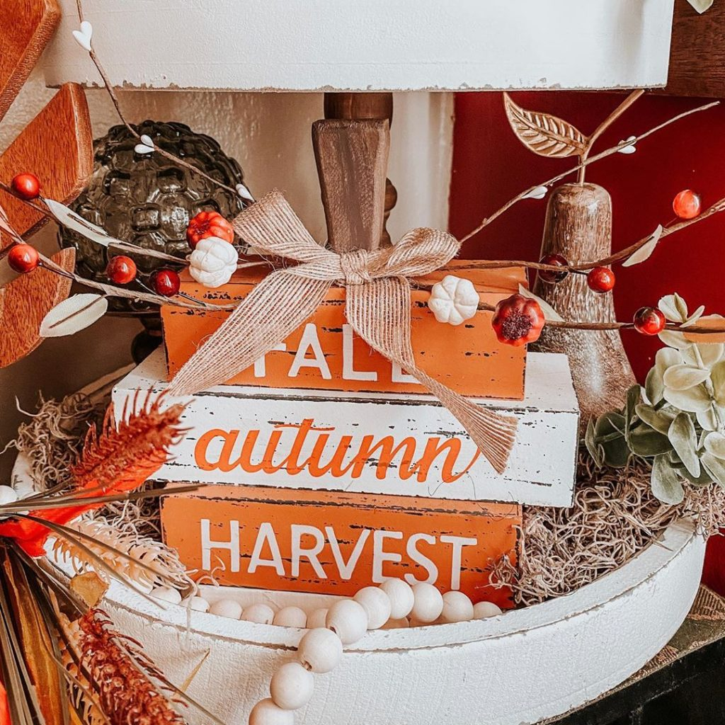100 Thanksgiving Decoration Ideas Stylize Your Home With Fall Accents 17