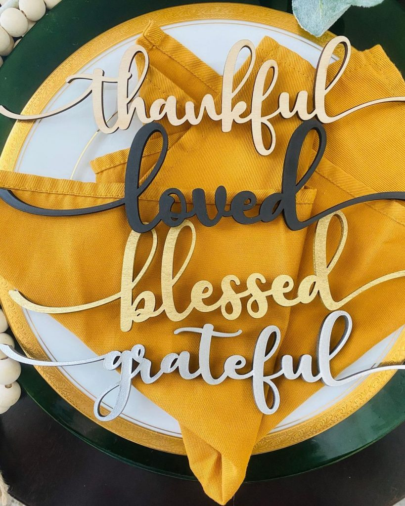 100 Thanksgiving Decoration Ideas Stylize Your Home With Fall Accents 19