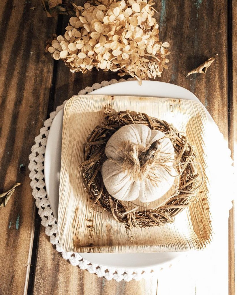 100 Thanksgiving Decoration Ideas Stylize Your Home With Fall Accents 22