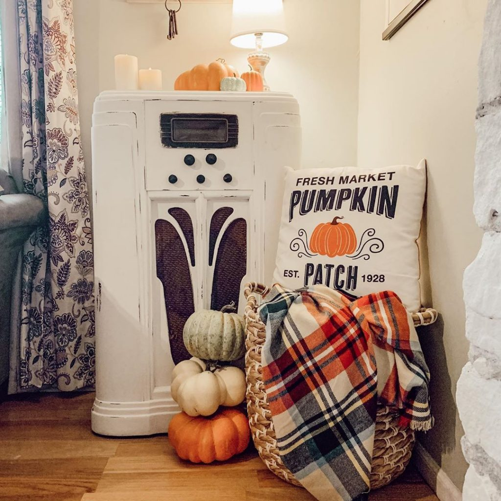 100 Thanksgiving Decoration Ideas Stylize Your Home With Fall Accents 33