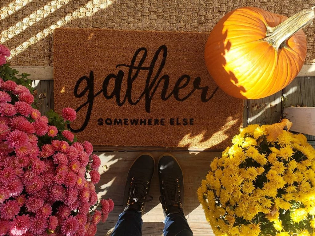 100 Thanksgiving Decoration Ideas Stylize Your Home With Fall Accents 35