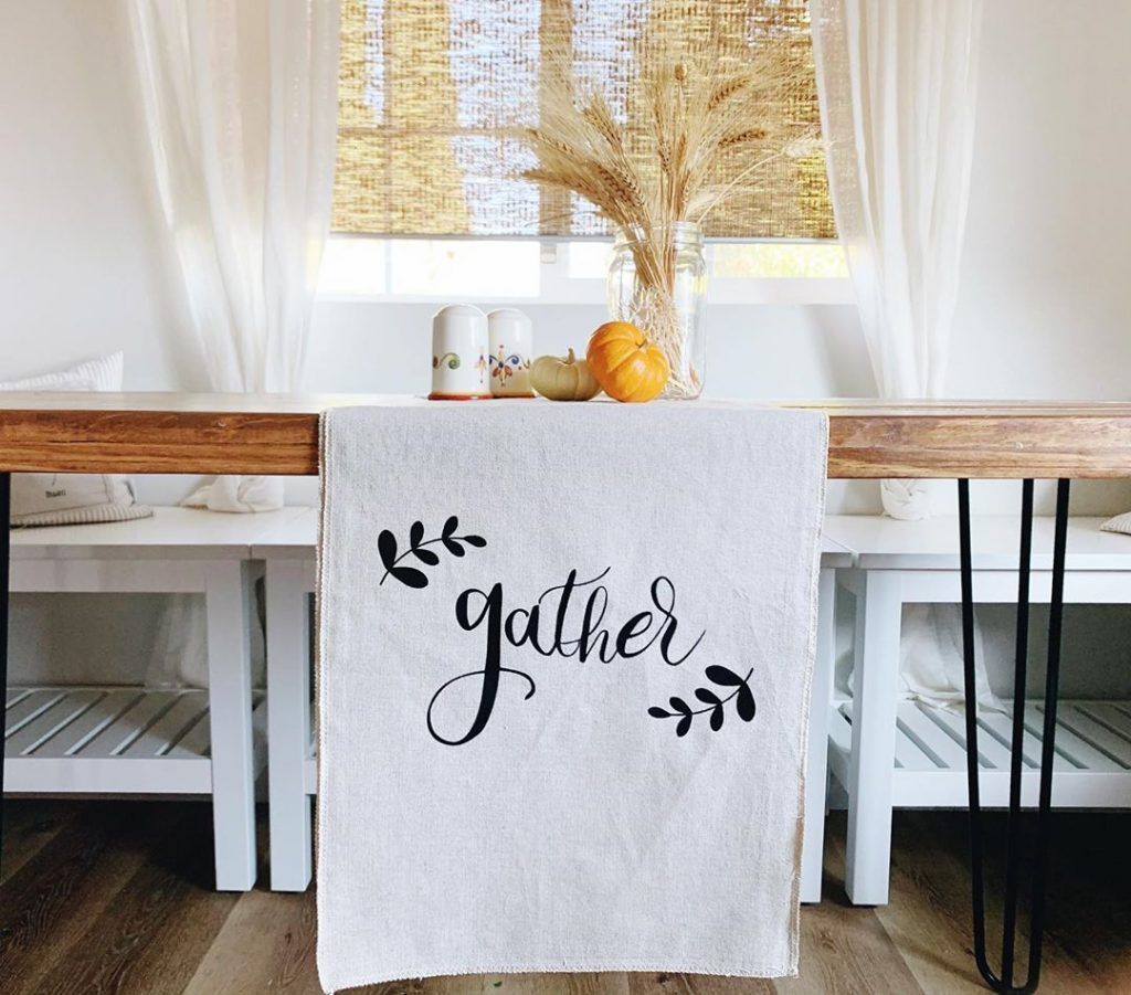 100 Thanksgiving Decoration Ideas Stylize Your Home With Fall Accents 38