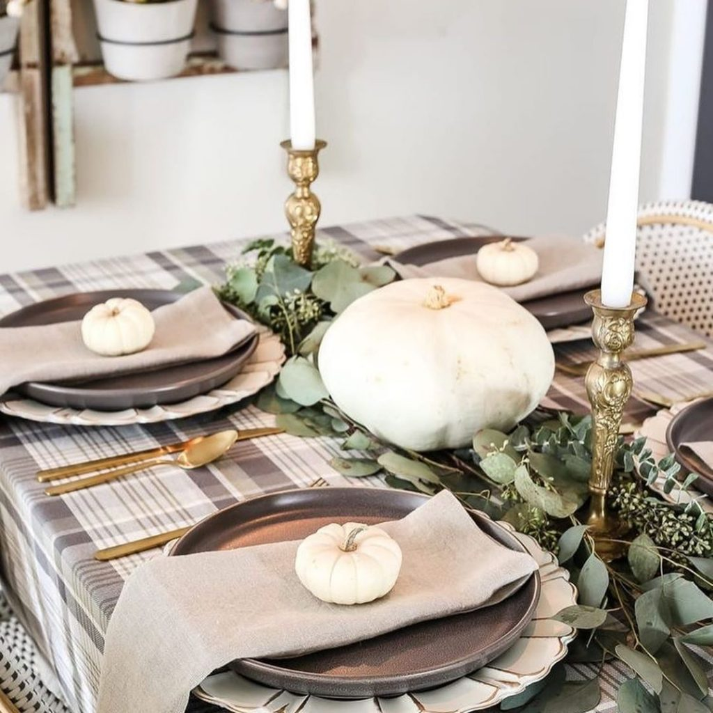 100 Thanksgiving Decoration Ideas Stylize Your Home With Fall Accents 42