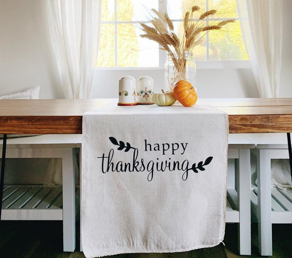 100 Thanksgiving Decoration Ideas Stylize Your Home With Fall Accents 45