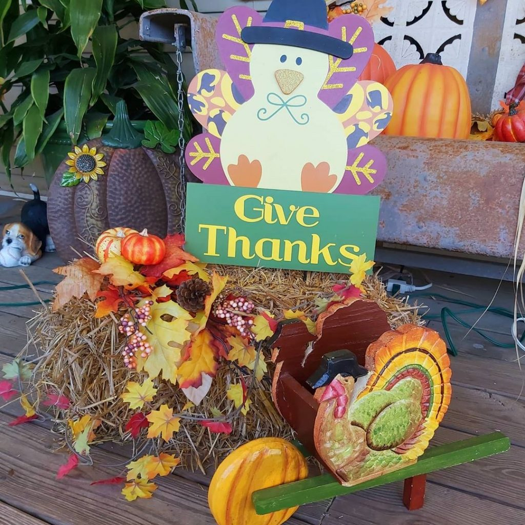 100 Thanksgiving Decoration Ideas Stylize Your Home With Fall Accents 60