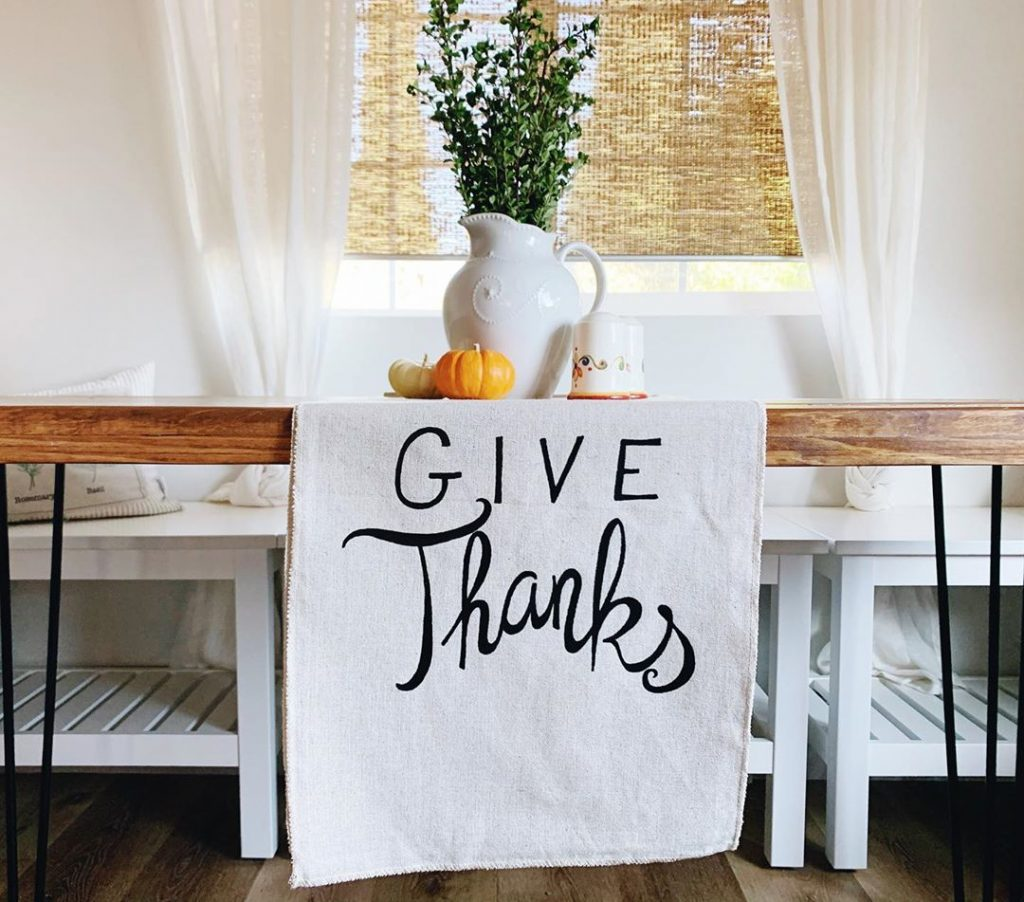 100 Thanksgiving Decoration Ideas Stylize Your Home With Fall Accents 63
