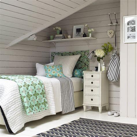 Amazing Attic Bedroom Ideas On A Budget 08