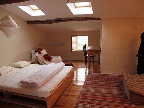 Amazing Attic Bedroom Ideas On A Budget 15