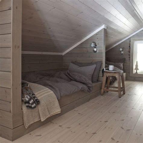 Amazing Attic Bedroom Ideas On A Budget 20