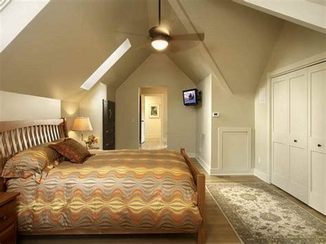 Amazing Attic Bedroom Ideas On A Budget 25