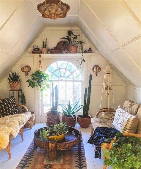 Amazing Attic Bedroom Ideas On A Budget 31