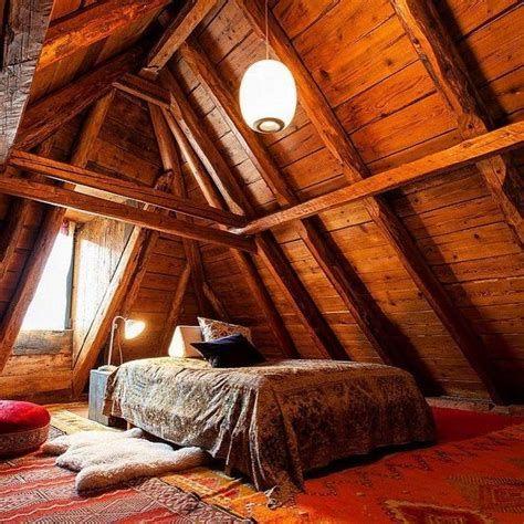 Amazing Attic Bedroom Ideas On A Budget 34