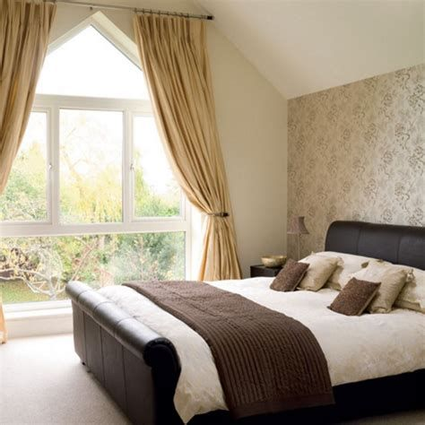 Amazing Attic Bedroom Ideas On A Budget 36