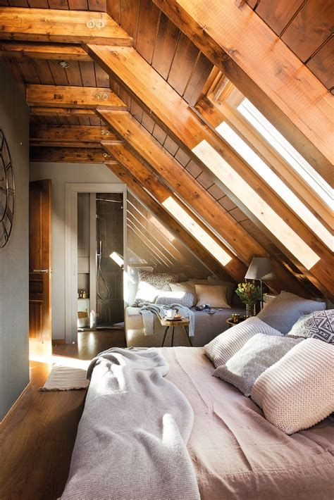 Amazing Attic Bedroom Ideas On A Budget 43