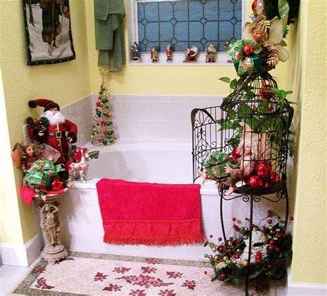 Amazing Christmas Bathroom Decorations That Will Amaze You 23