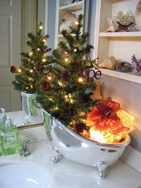 Amazing Christmas Bathroom Decorations That Will Amaze You 28