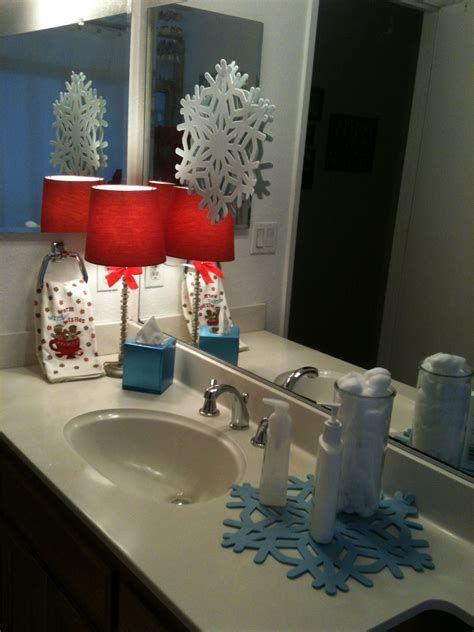 Amazing Christmas Bathroom Decorations That Will Amaze You 38