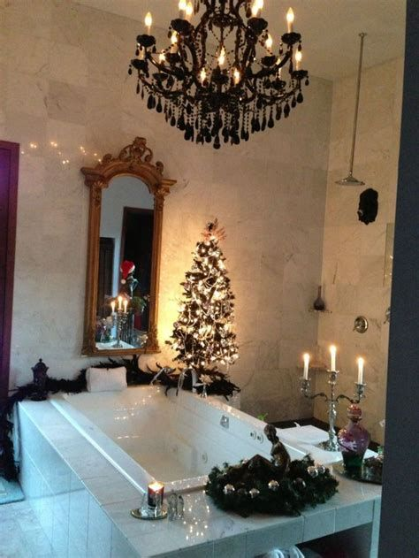 Amazing Christmas Bathroom Decorations That Will Amaze You 41