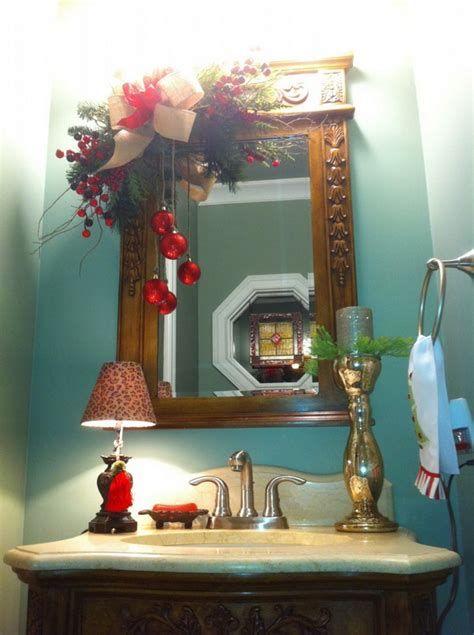 Amazing Christmas Bathroom Decorations That Will Amaze You 44