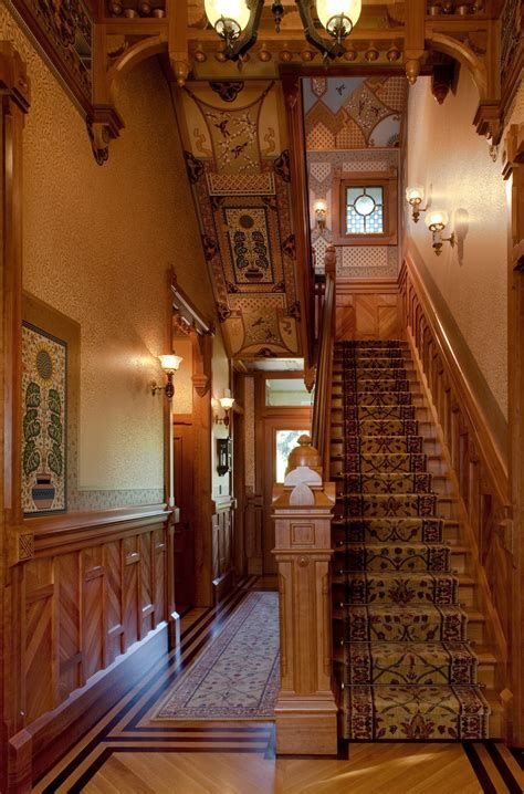 Amazing Victorian Staircases Design Ideas For Beauty And Safety 01