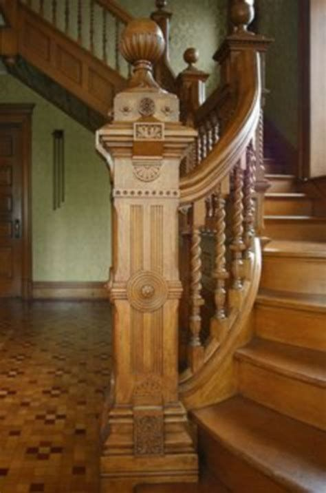 Amazing Victorian Staircases Design Ideas For Beauty And Safety 11