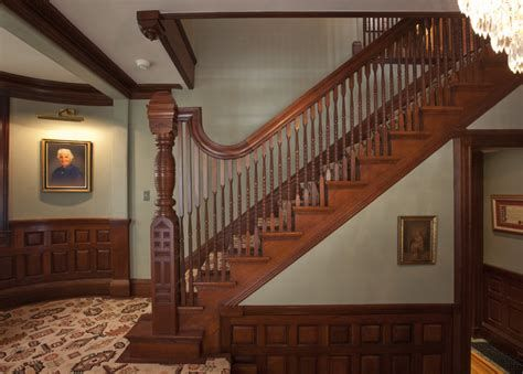 Amazing Victorian Staircases Design Ideas For Beauty And Safety 12