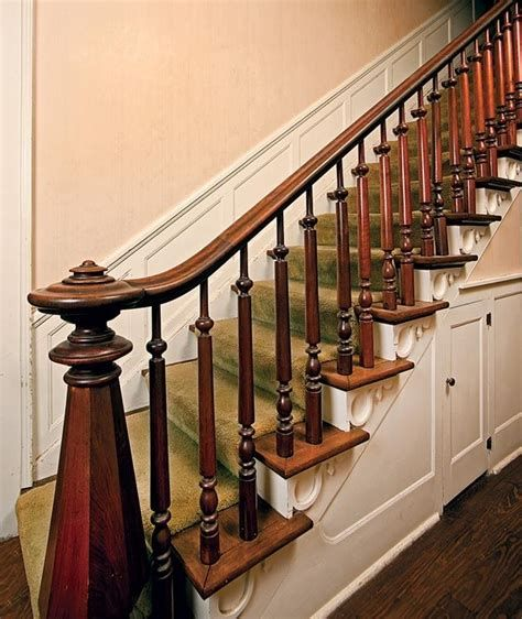 Amazing Victorian Staircases Design Ideas For Beauty And Safety 22