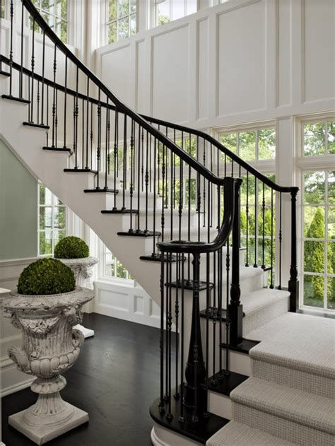 Amazing Victorian Staircases Design Ideas For Beauty And Safety 32