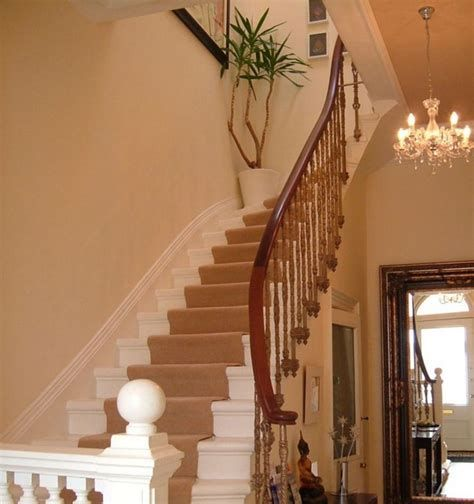Amazing Victorian Staircases Design Ideas For Beauty And Safety 34