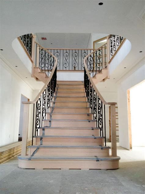 Amazing Victorian Staircases Design Ideas For Beauty And Safety 40