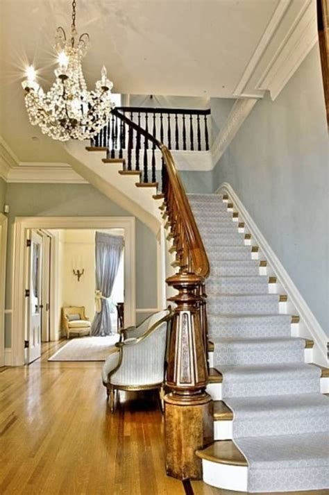 Amazing Victorian Staircases Design Ideas For Beauty And Safety 43