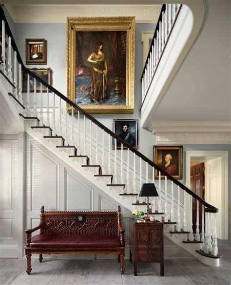 Amazing Victorian Staircases Design Ideas For Beauty And Safety 47