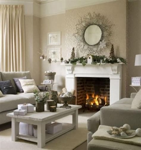 Attractive Winter Living Room Decoration Ideas For Warmth In The House 22