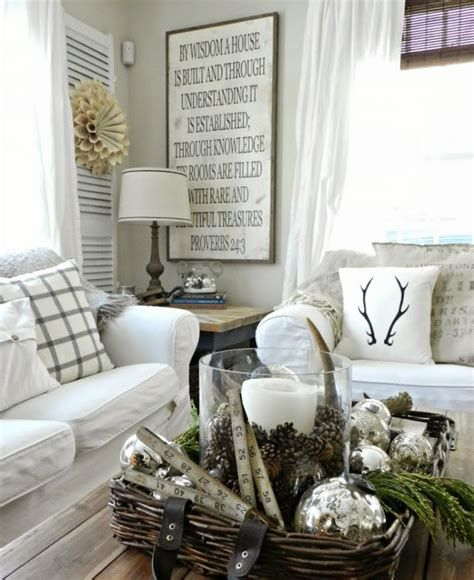 Attractive Winter Living Room Decoration Ideas For Warmth In The House 27