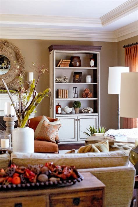 Attractive Winter Living Room Decoration Ideas For Warmth In The House 35
