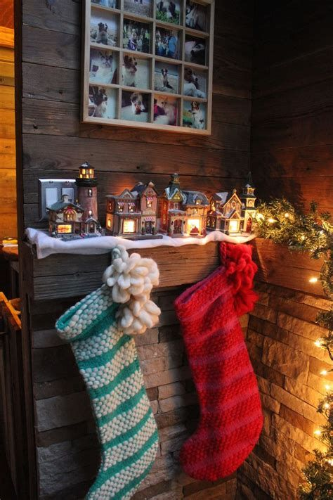 Beautiful Christmas Decorating Ideas For Tiny House 16