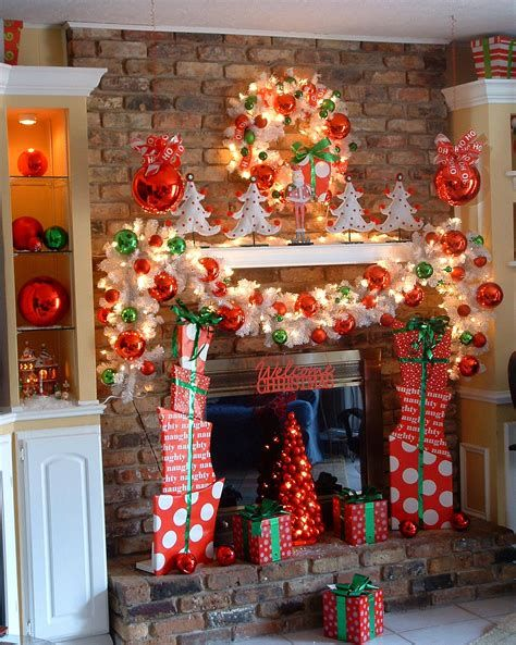 Beautiful Christmas Decorating Ideas For Tiny House 27