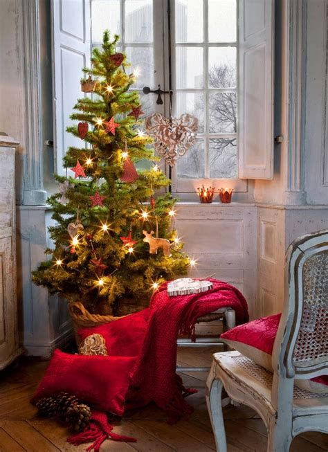Beautiful Christmas Decorating Ideas For Tiny House 28