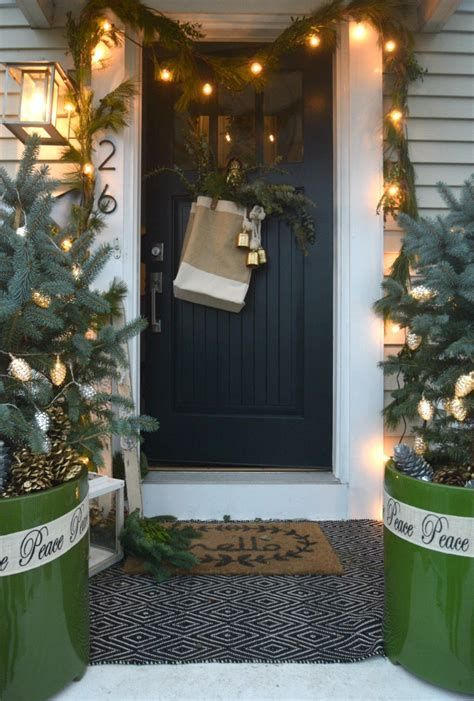 Beautiful Christmas Decorating Ideas For Tiny House 39