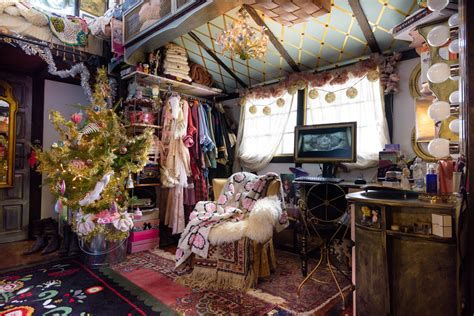 Beautiful Christmas Decorating Ideas For Tiny House 43