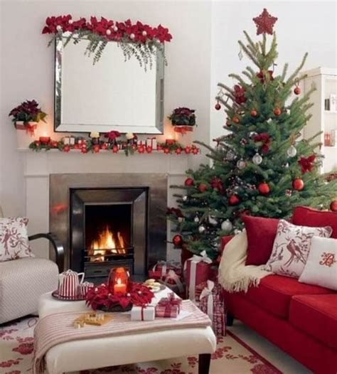 Best Christmas Living Room Decoration Ideas For Your Home 04