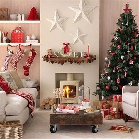 Best Christmas Living Room Decoration Ideas For Your Home 07